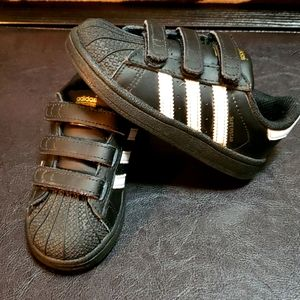 Toddlers size 8 Adidas
